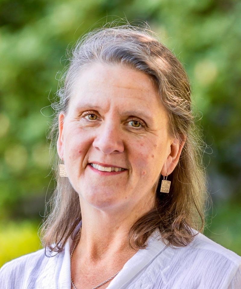 Sue Anderson headshot